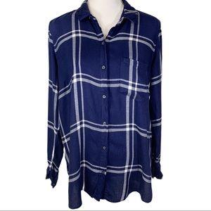🎀 Old Navy Blue Plaid Classic Shirt Button Down L